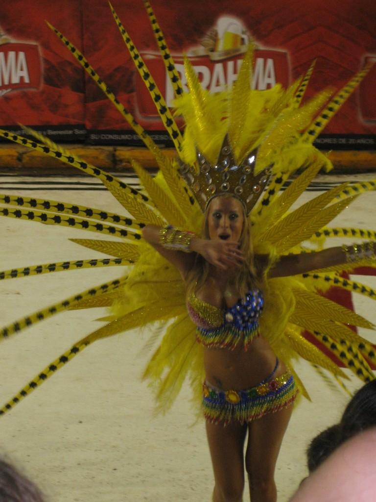 Paraguays Karneval, hier in Encarnación, orientiert sich sehr am brasilianischen